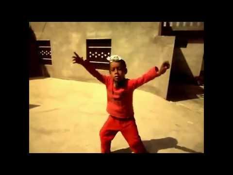 YouSUVE com   Punjabi Funny Video of a Kid Singing