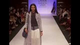 Baggit's fashion acquaintance with Lakme Fashion Week on the first exciting day! Thumbnail