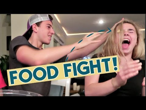 SIBLINGS FOOD FIGHT!!!