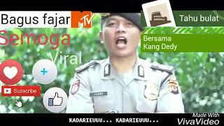 Polisi nyanyi Lagu Tahu bulat