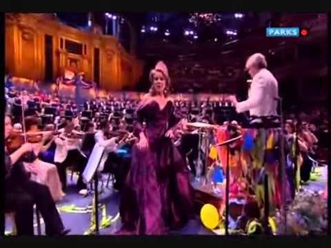 Renée Fleming sings Rule Britannia - Last Night of the Proms 2010