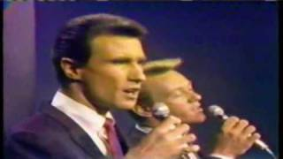"Righteous Brothers ""You'll Never Walk Alone"" 1965"
