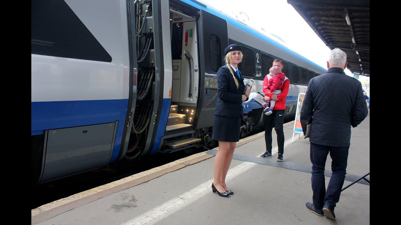Karkonosze welcomes Pendolino train first time / Prezentacja Pendolino w stolicy Karkonoszy