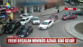 Video Freni boşalan minibüs Azrail gibi geldi! download MP3, 3GP, MP4, WEBM, AVI, FLV Desember 2017