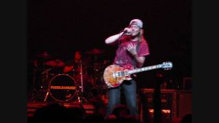 Puddle of Mudd-She Hates Me-live-10-23-09-HD