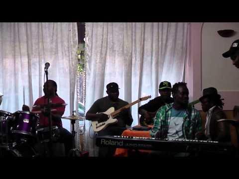 Magic System au Foufou Club- Anderson Ondoa - Henri Njoh - Alex Nkuin