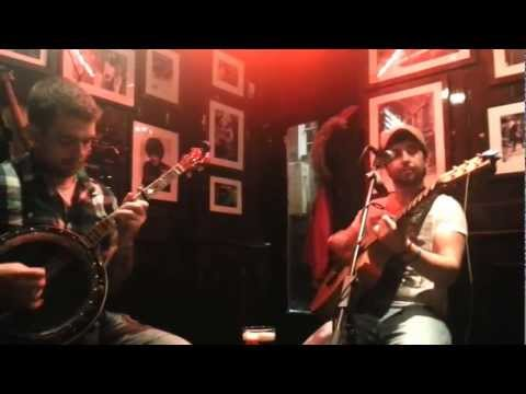 Hot Whiskey - Galway Girl Live @ Temple Bar