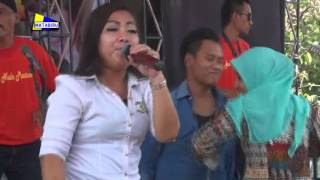 Video Aam Nada Pantura - Sambalado 1 |Tembongrea 2-11-2015 download MP3, 3GP, MP4, WEBM, AVI, FLV Agustus 2017
