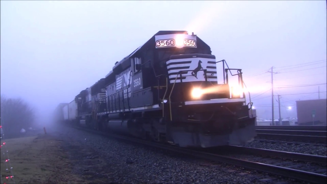 NORFOLK SOUTHERN TRAINS SHOT IN AUSTELL,GA  12-18-2017