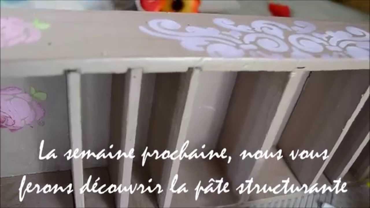 Pochoir peinture facile pate structurante tuto for Pochoir peinture