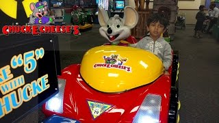 Chuck E Cheese Family Fun-Indoor Games Arcade Activities-Kids Playing-horse,giraffe,car,boat ride