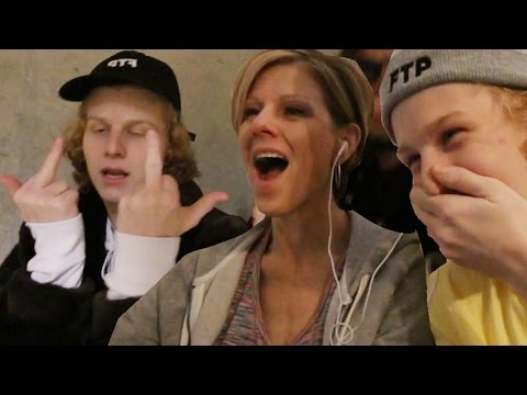 MOM REACTS TO SONS RAP