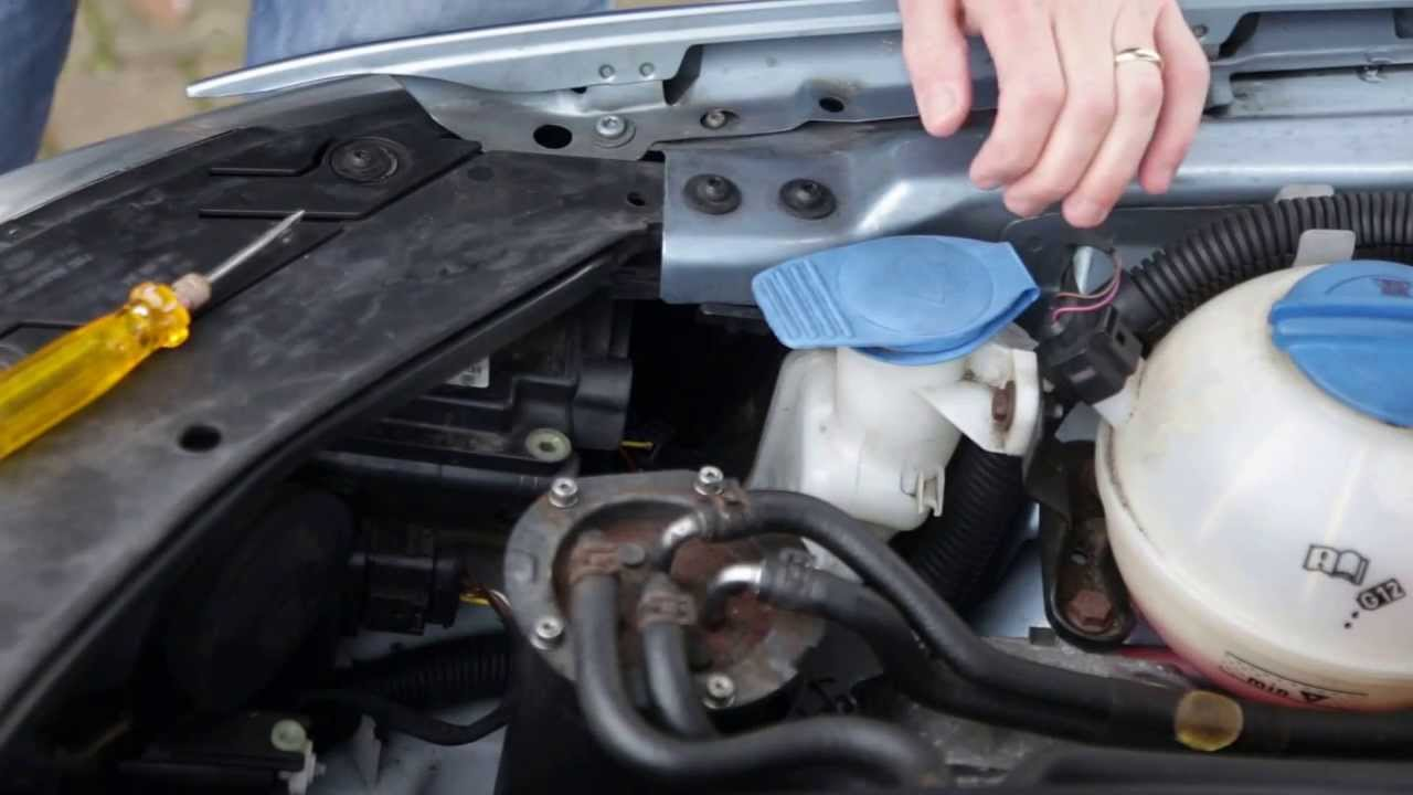 Vw Passat B6 2005 2010 Model How To Change Remove H7