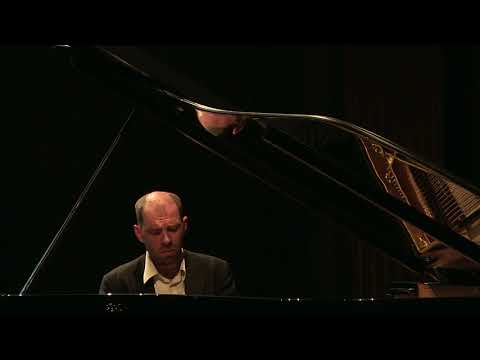 Rachmaninov - Variations on a theme by Corelli op.42 - Andrei Korobeinikov