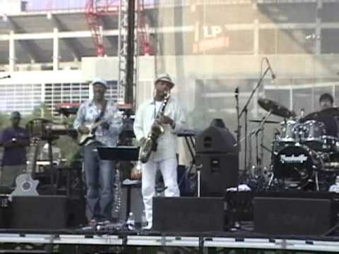 Kirk Whalum - All I Do (LIVE)