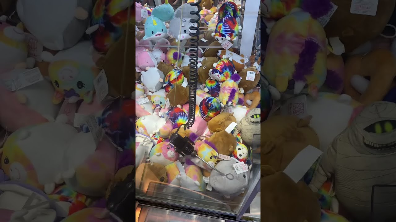 Playing the Claw Machine #shorts
