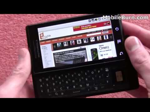 Motorola Milestone unboxing and multitouch demo