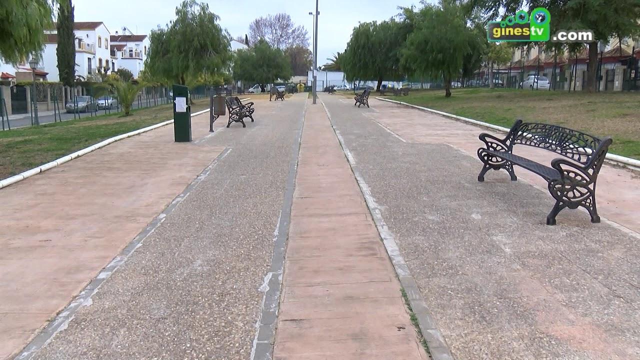 Los tres parques caninos de Gines mejoran su señalización