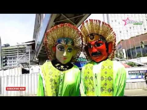 Ondel ondel Bintang Adzam Perform di CFD Jakarta