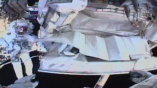 شاهد: رائدا فضاء يصلحان نظام التبريد على متن المحطة الفضائية الدولية…