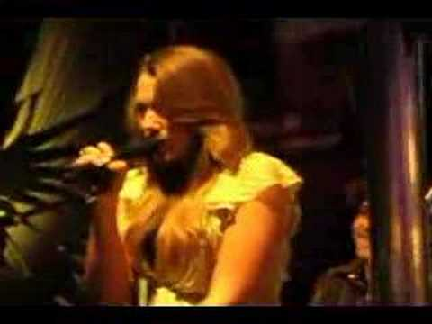 Colbie Caillat - Tied Down (Laundry Bar)