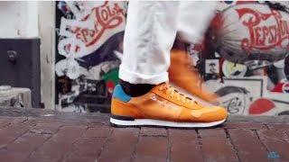 KLM Nu laver vi vores egne sko!
