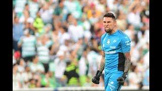 Jonathan Orozco sorprende en entrenamiento de Santos