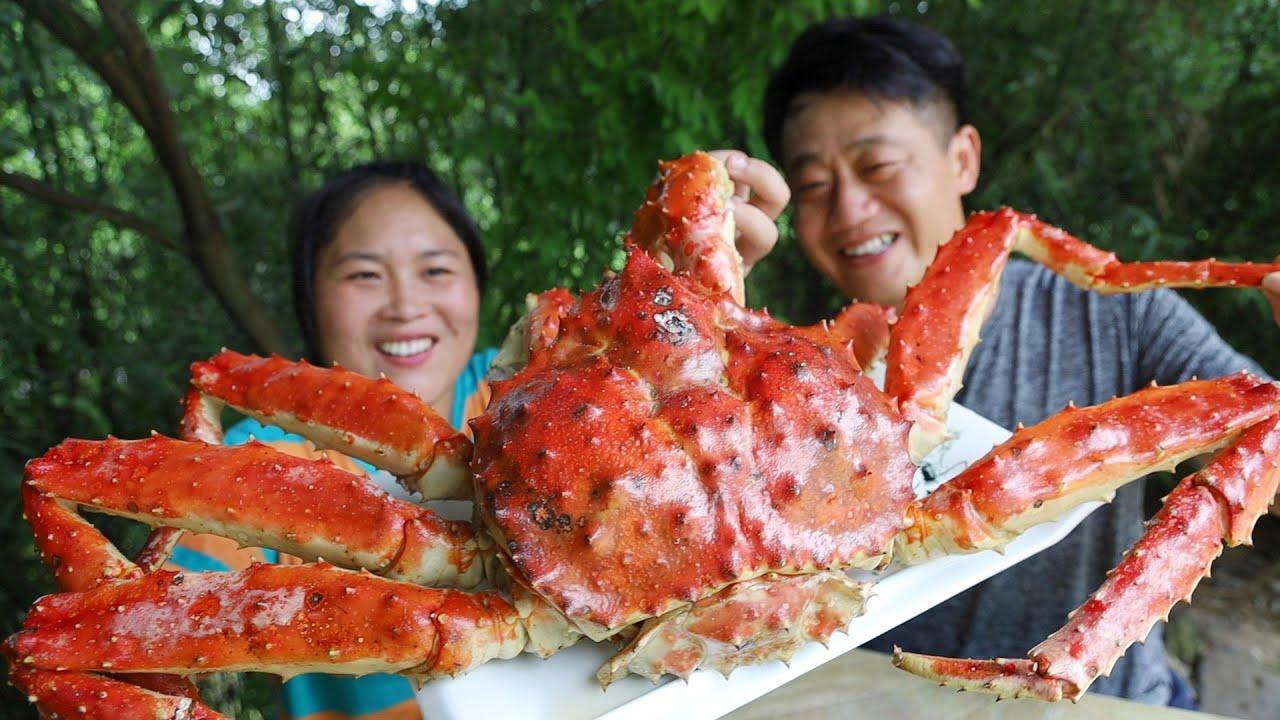 胖妹2100买只7斤帝王蟹,夏日炎炎吃海鲜,顺便做个美甲,真好看/盐焗帝王蟹【陈说美食】