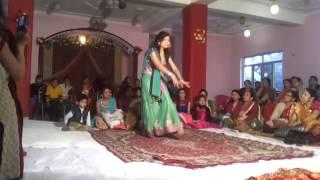 ban than chali dance by rashmi