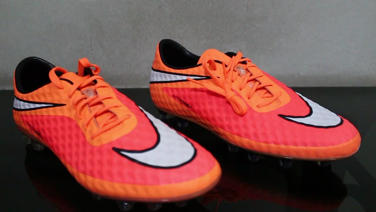nike hypervenom phantom 1 red