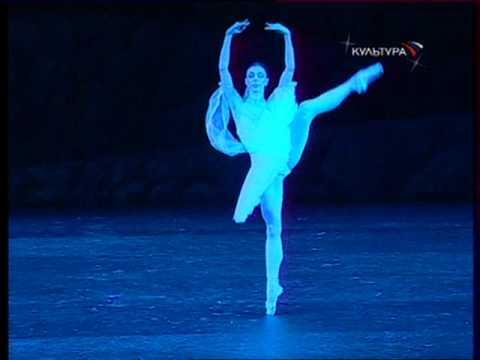 Natalia Osipova - 2nd Shade From La Bayadere