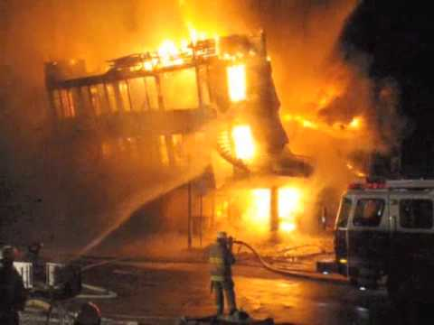 fire/collapse shawinigan incendie