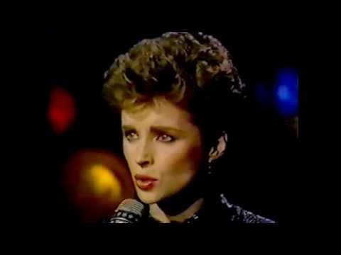 Sheena Easton - Almost Over You (Tonight Show '84)