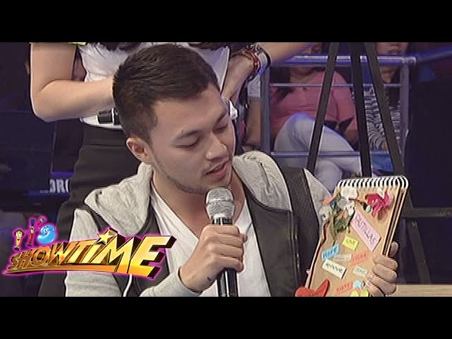 It's Showtime: Richard gives a sweet message to Pastillas Girl