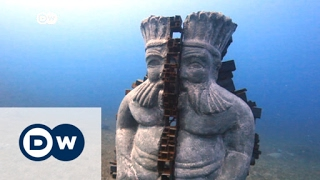 غواصون في مصر ينشئون متحفاً تحت الماء لحماية الشعب المرجانية | الأخبار