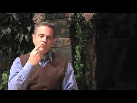 Roger Hernandez. 7 Enemigos de la Familia. Mala Comunicación.