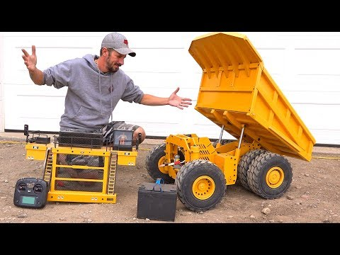 How Does This Huge Dump Truck WORK?! 797F Metal Haul/Mining Truck RC4WD | RC ADVENTURES