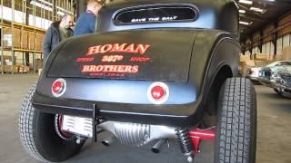 Moteur V8 au ralenti