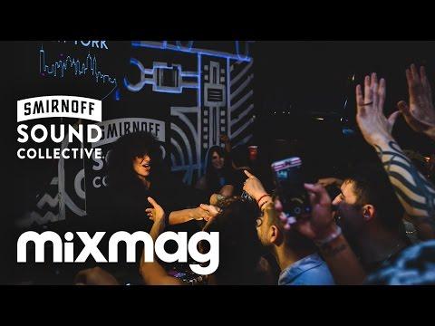 музыка в стиле техно скачать. Песня Live  Awakenings Special - 26-01-2013 (Пробуждение в стиле техно) - Nicole Moudaber скачать mp3 и слушать онлайн