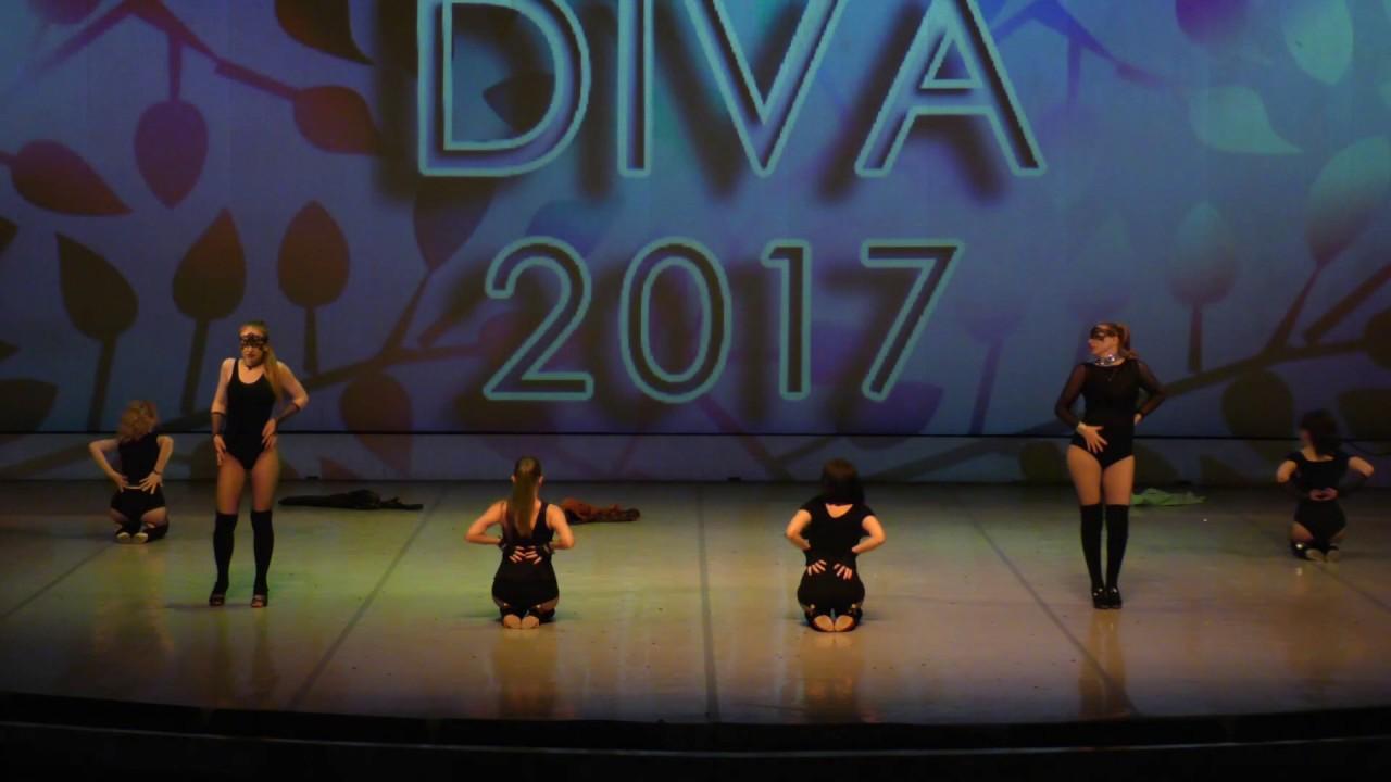 """Видео """"Отчетный концерт 3 июня 2017 года (взрослые) в Концертном зале отеля Санкт-Петербург"""". Erotic dance"""