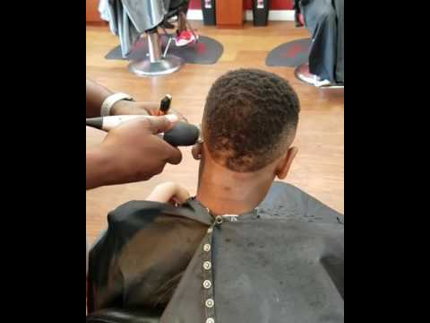 Bevel Trimmer Giving a Signature Fade