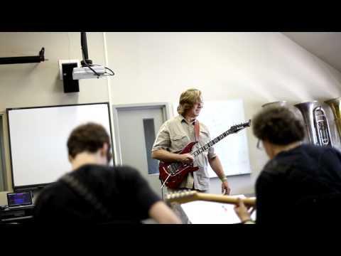 Jon Finn at Guitar Workshop Plus - Toronto - 2011