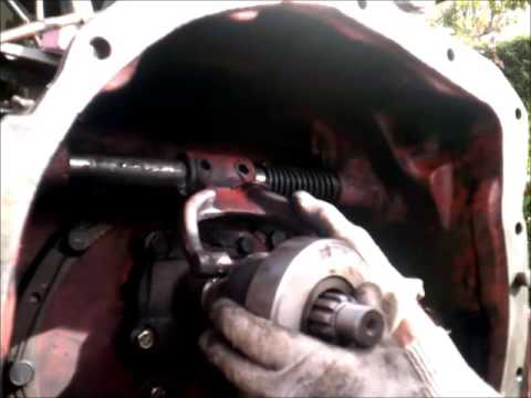 Como cambiar embrague tractor ebro - YouTube