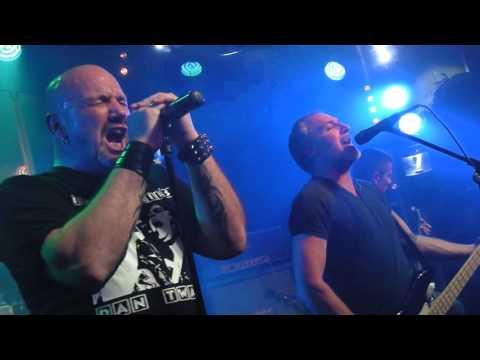 Trust Le Pouvoir Et La Gloire By LGG Pacific Rock Live 2016
