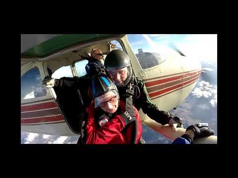 Virginia Skydiving Center - Phyllis