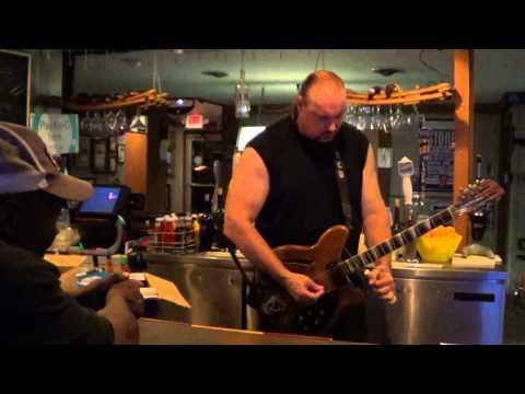 Bluesman Tom Larsen Knife Slide