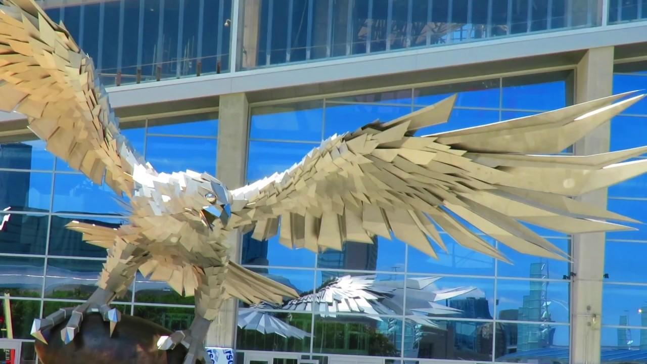 Largest falcon mercedes benz stadium youtube for Mercedes benz stadium falcon statue
