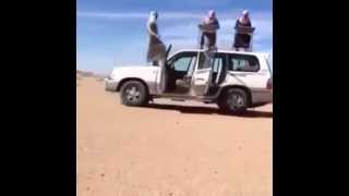Arabic flashmob with cars