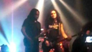 Dragonforce- Through the fire & flames LIVE Sam breaks string during song FAIL
