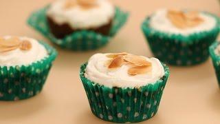 Mini Ginger Almond Cheesecakes